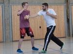 Selbstverteidigung: Training51